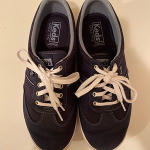 Ked's blue sneakers size 7